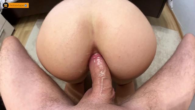 Первый анал со спермой в попке